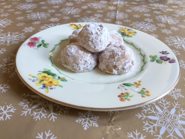 Winter Walnut Cookies
